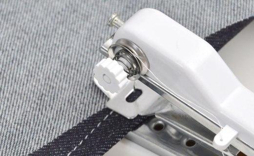 日本電商發布隨身縫紉機,單手可控,5號電池供電