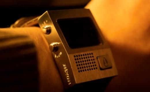 古典與現代科技結合!Nixon發布充電腕表,質樸設計再現復古風...