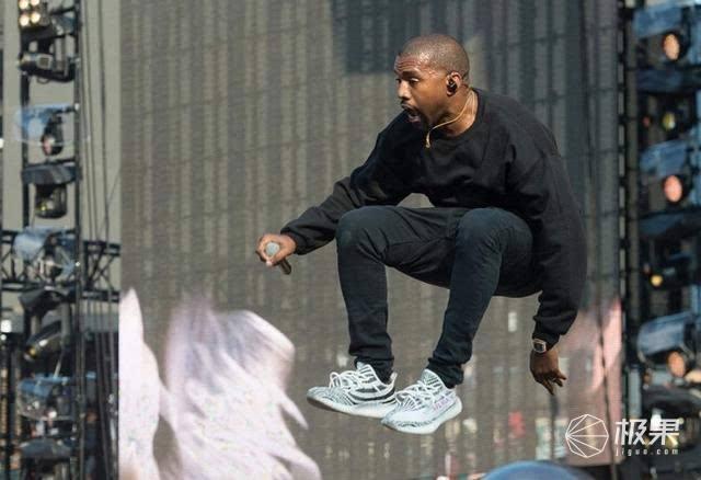 """侃爷与耐克""""感情史""""知多少?NikeYeezy了解一下!"""