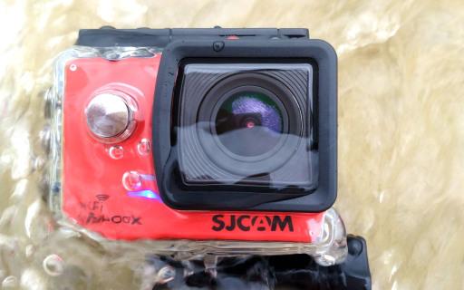 运动相机新玩法:上天可揽月,下水可捉鳖!| 视频
