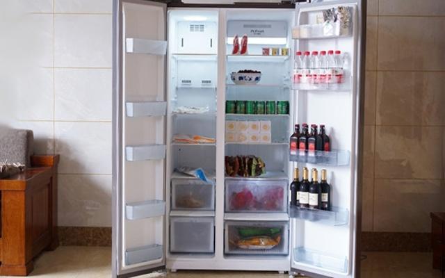 保?#26102;?#22791;利器,超大容量 速冷速冻,美的智能冰箱体验