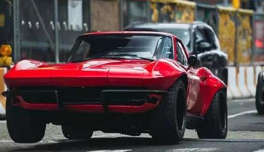 Jada雪佛蘭C2模型:國寶級跑車模型,騷紅色亮眼吸睛