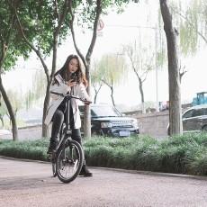 骑记电动助力自行车:带姑娘骑车郊游,车速是关键