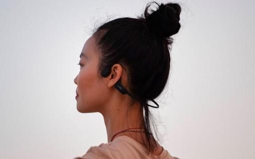 運動必備!這款骨傳導耳機讓你跑步更安全,防水無解!