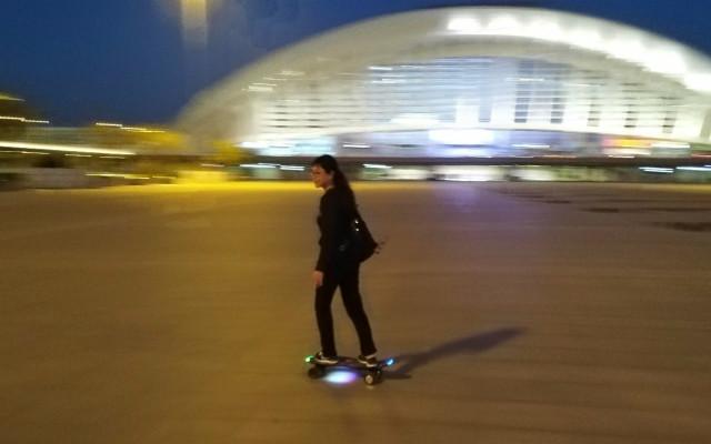 圓你一個街頭滑板夢,鑫狐純體感電動滑板體驗
