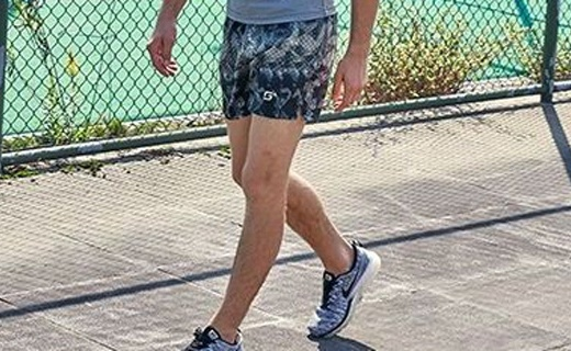 Maxi-Cosi印花短褲:時尚印花簡約百搭,吸濕排汗清涼一夏