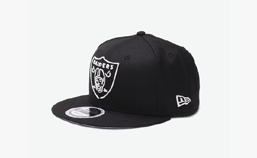 New Era棒球帽:刺繡花紋做工細致,羊毛材質佩戴舒適