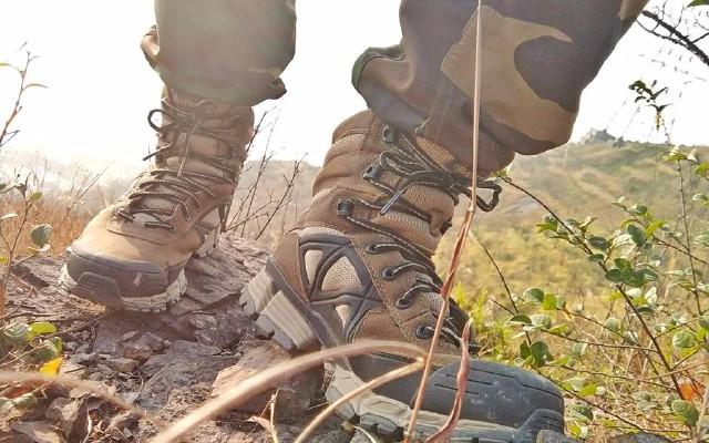 士兵最?#19981;?#31359;的军靴,运动力发挥到极致!——Bates战术靴测评