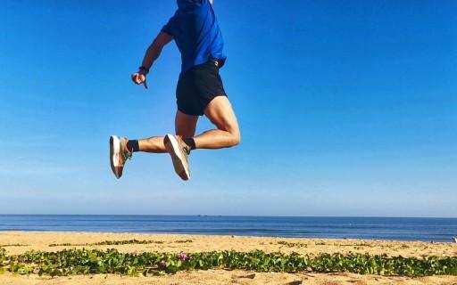 脚下回弹,步步通透,Pensole碳板跑鞋万博体育max下载