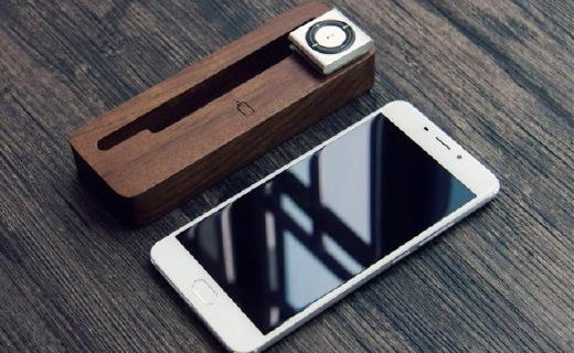 """魅藍E體驗:全金屬機身手感極佳,還能當""""車鑰匙"""""""
