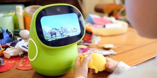 AI互動 英語教學,請個24小時外教教孩子英語 — 布丁豆豆 智能機器人 慧讀版測評
