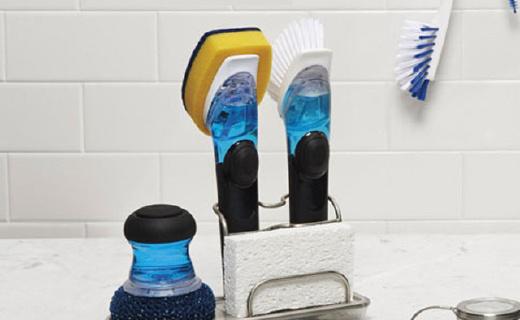 OXO 多功能刷:可自動添加清潔劑,手不沾水也能洗碗
