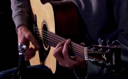 雅馬哈FGX800C吉他:單板云衫木電箱琴,手感出色進階入門必備