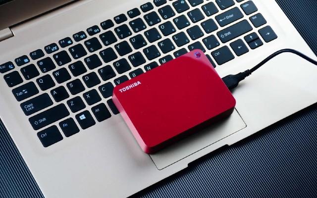 东芝CANVIO系列V9移动硬盘:4T大容量,装得下全世界!