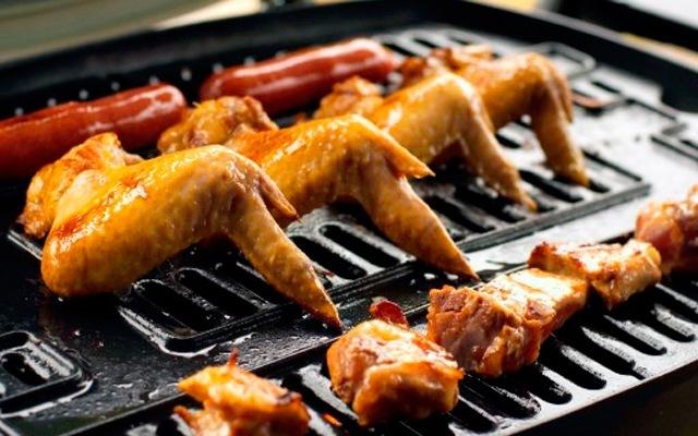 燜烤一體少油煙,個人燒烤再也不必煙熏火燎 — Weber 家用Q系列 便攜燜烤爐體驗 | 視頻