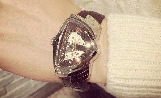 漢米爾頓居然把手表做成了三角形,網友們表示戴上就能飛