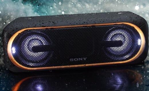 索尼防水蓝牙音箱:重低音强悍,还能炫酷发光