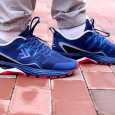 年轻人的首款专业跑鞋,小米有品FREETIE缓震跑步鞋