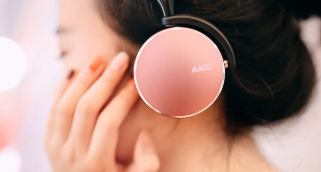 環境感知、專業降噪,愛科技AKG Y500藍牙耳機,動聽感受