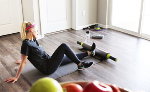 能壓腿能拉伸的瑜伽墊,有它的地方就是健身房