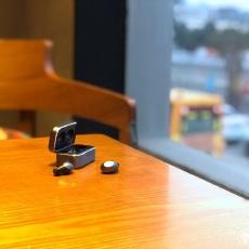 没有延迟的真无线蓝牙耳机 轻巧无感,优雅聆听 | 无线蓝牙
