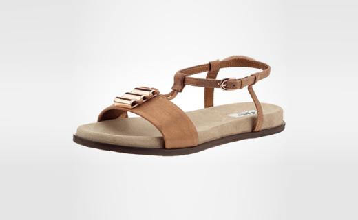 Clarks女士涼鞋:超柔軟麂皮絨內襯,走的越久越舒服