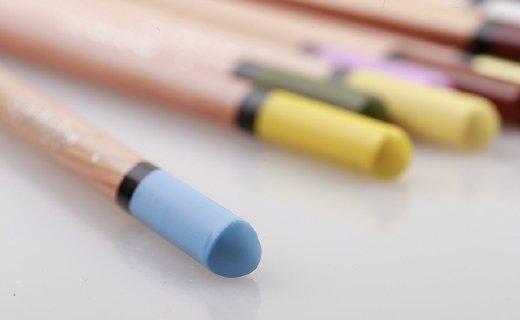 Solabela36色彩色鉛筆:三角筆桿握持舒適,環保材質著色鮮艷