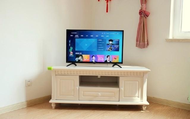 32寸AI电视也能引领智变,青岛本土品牌海信电视全体验