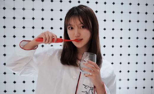 「體驗」提高生活幸福感,我的愛用好物分享,XESS光波雙凈智能牙刷
