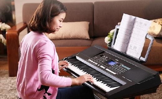 雅馬哈KB-291電子琴:直觸式操作,中文面板更適合初學者