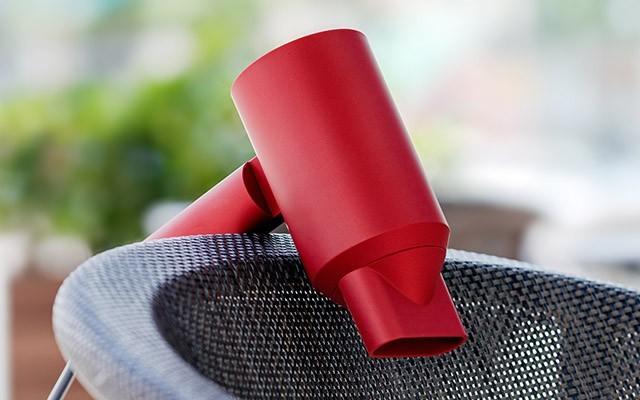用心呵护头发:lowra rouge ?#22836;?#23556;负离子吹风机体验