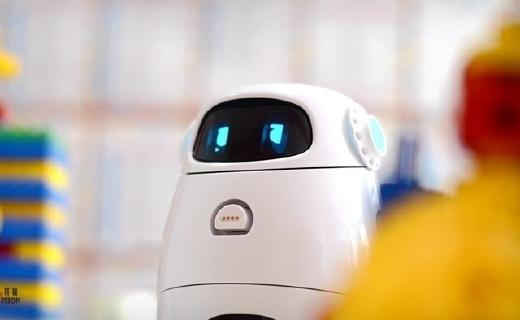 ?#24125;?#31243;更有趣,小卡可编程儿童机器人评测