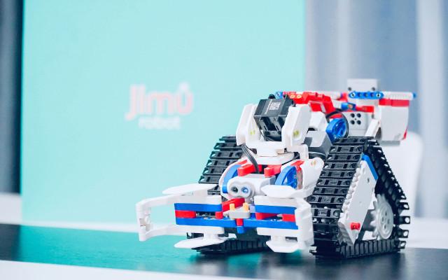 """一秒让孩子染上""""学习瘾?#20445;?#20248;必选Jimu Robot"""
