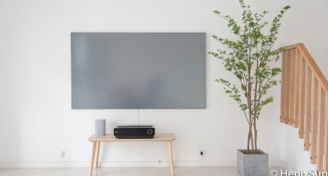 硬核激光电视:顶级画质+屏幕发声黑科技,给你震撼视听体验!