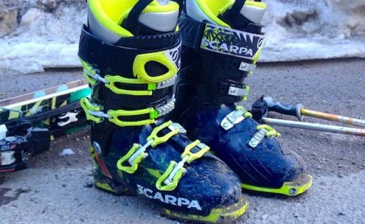 思卡帕Freedom SL Alpine雪靴:輕質外殼,可置換鞋底穿脫方便
