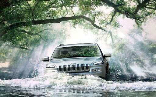 每4分钟就卖出一辆的爆款Jeep,不到21万翻山车震都不颠