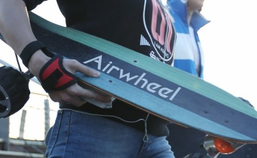 比柯南滑板更帥氣的電動滑板車,模塊化設計讓你隨意DIY