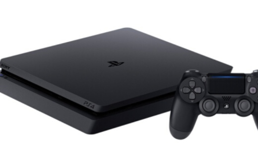 索尼PS4电脑娱乐游戏主机:黑色款PS4主机,原生4K高清输出