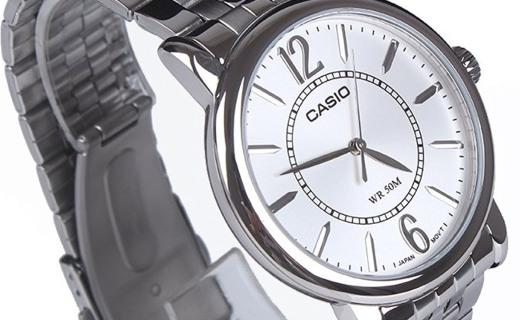 卡西歐石英男士手表:礦物玻璃表面防刮耐磨,50米生活防水