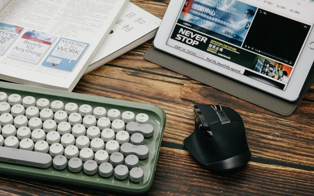 ?用它来提升办公效率的外设工具:Rapoo ?#35013;豈T750S