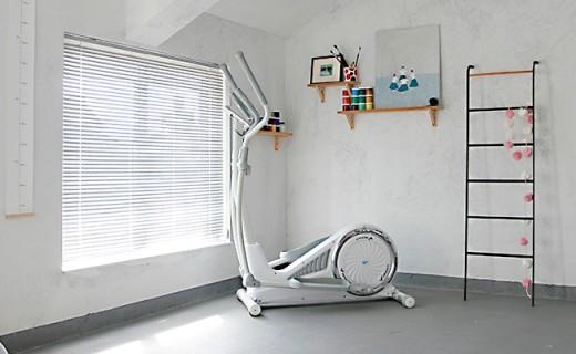 顏值又高又實用的橢圓機!精選課程趣味互動,它讓我愛上運動!