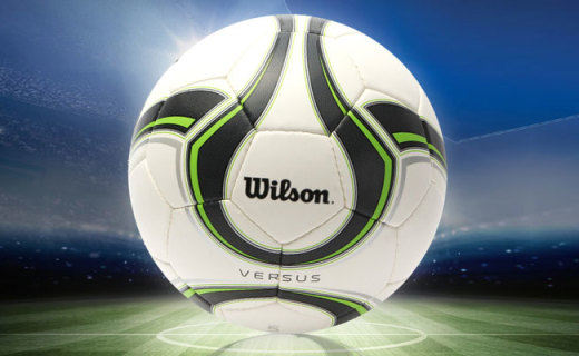 威爾勝足球:高密度耐磨PU材料,兼顧彈性和沖擊力