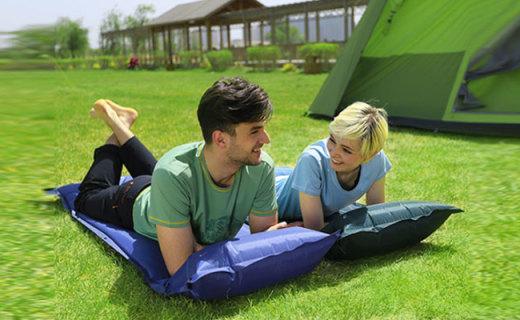 康爾戶外睡墊:自動充氣方便省力,防爆點工藝透氣防潮