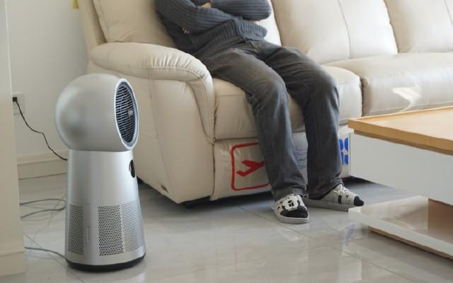 寒冷冬日,有了萊克暖風空氣凈化器,就有了溫暖相伴