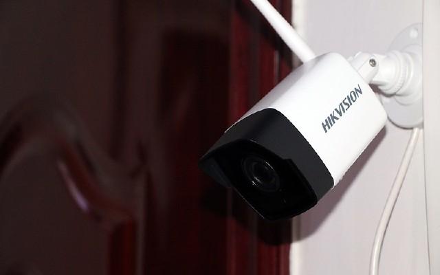 监控也能?#27597;?#28165;视频,百元海康威视监控不仅防水还无线