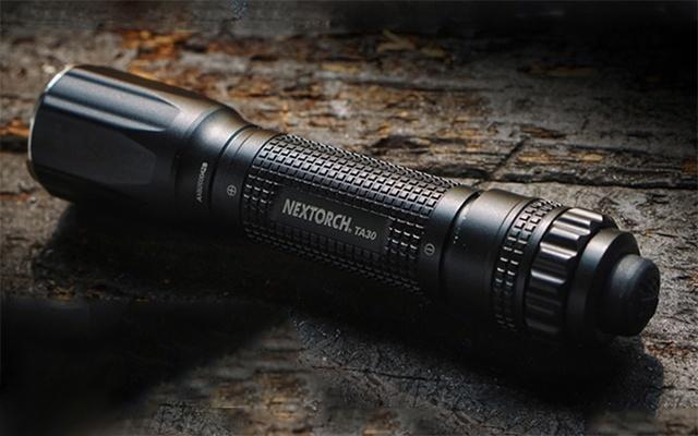納麗德TA30強光遠射戰術手電