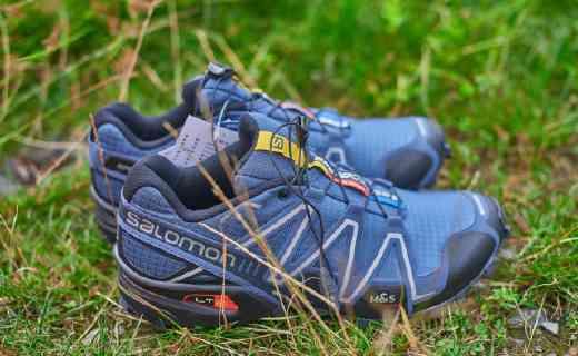穩定保護雙腳的越野跑鞋,防震防滑帶我玩轉山野