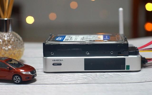 不要再用小屏幕手機傷害自己的眼睛,其實你需要一款機頂盒
