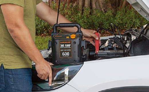 登路普RP8250車載應急電源:反接+過充保護,適合隨車攜帶備用