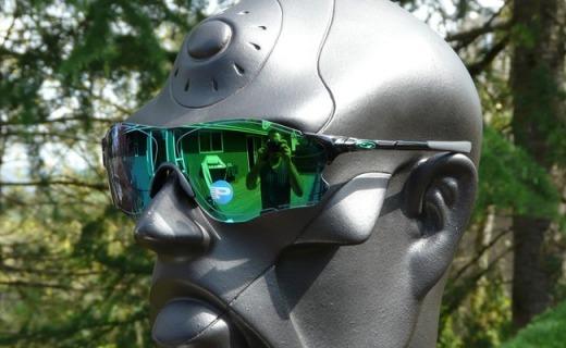 歐克利EVZero Path太陽鏡:翡翠綠鍍膜防UV藍波,清晰還原不位移